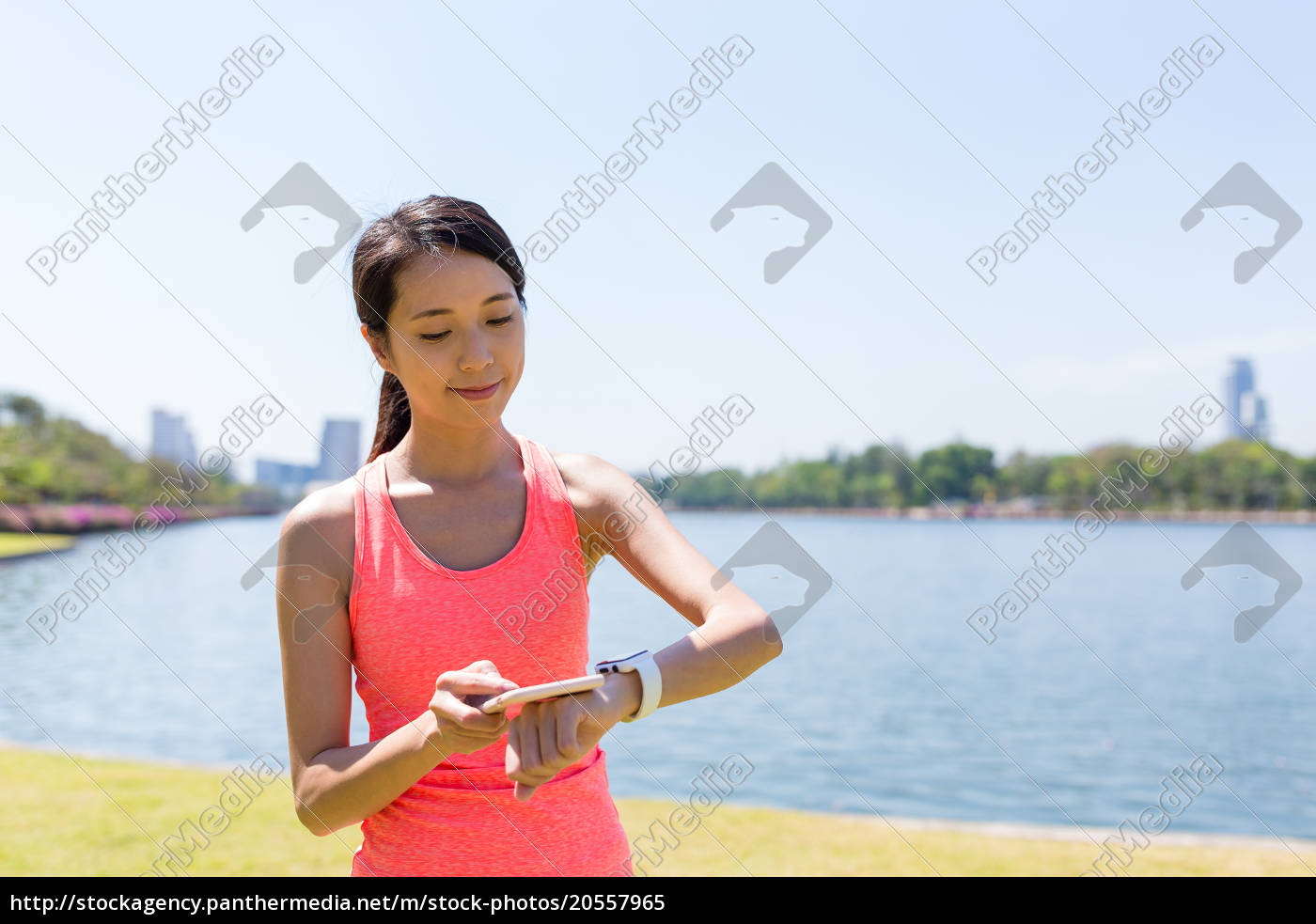 woman, connecting, cellphone, and, smart, watch - 20557965