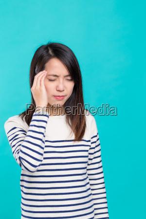woman, feeling, headache - 20557915