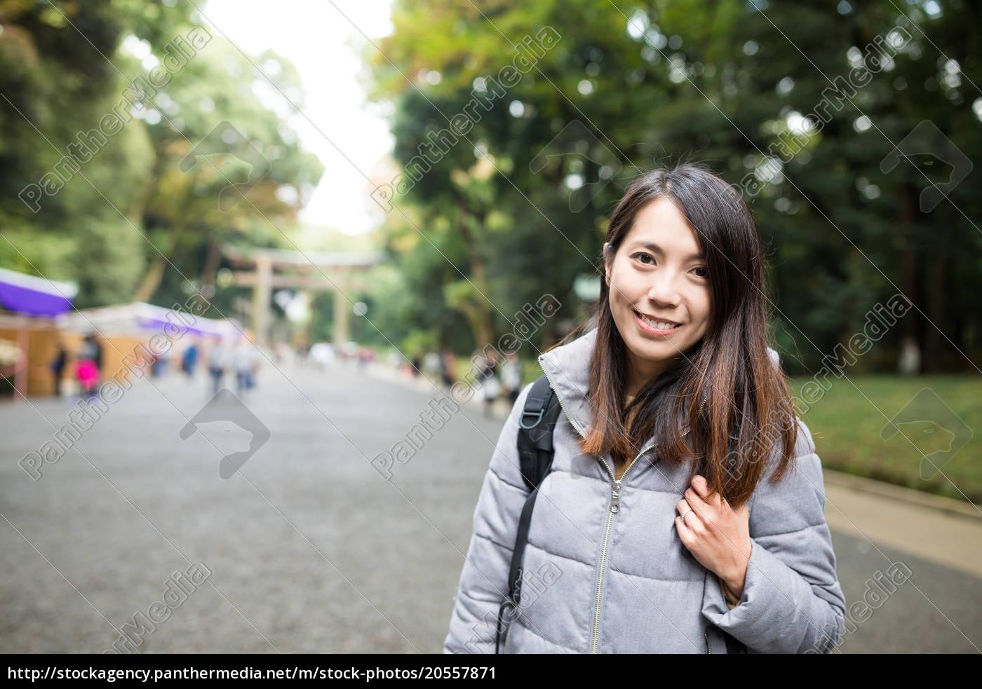 woman, travel, in, meiji, shrine - 20557871