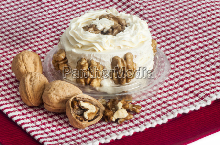 gorgonzola mascarpone and walnuts