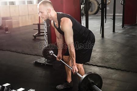 man, lifting, barbell - 20562831