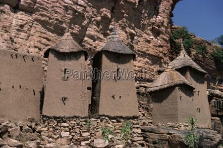 grain stores in irelli village bandiagara