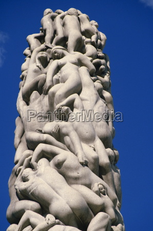 detail of sculpture of figures on
