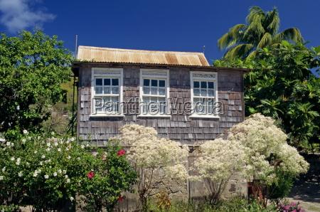 shingle house bequia port elizabeth grenadines
