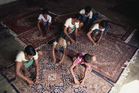 carpet clipping and finishing northern india