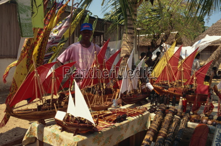 model boats for sale to tourists