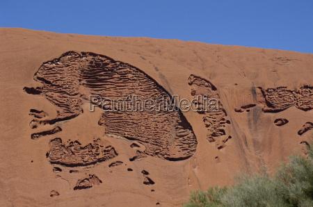 erosion pattern uluru ayers rock unesco