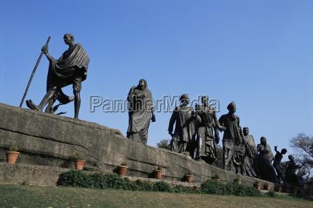 mahatma gandhi the eleven statues delhi