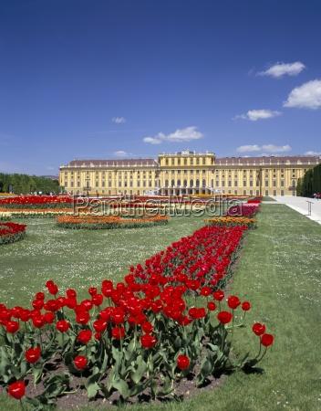 palace and gardens schonbrunn unesco world