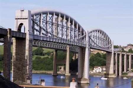saltash railway bridge over river tamar