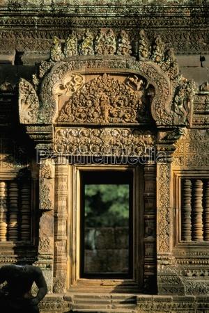 viaggio viaggiare tempio asia ingresso passato