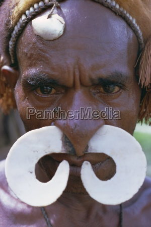 portrait of an asmat man with