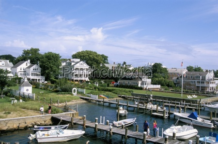 the harbour in edgartown marthas vineyard