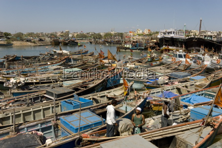 fishing boat harbour porbander gujarat india