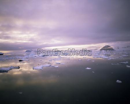 evening light antarctica polar regions