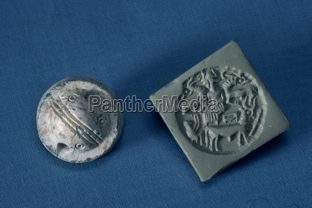 steatite dilmun seals from around 2350