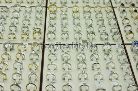 diamond rings in the gold souk