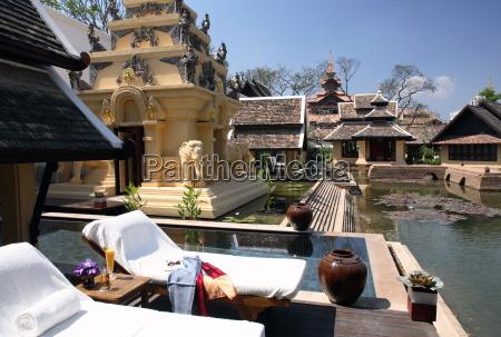 pool of the royal villa at