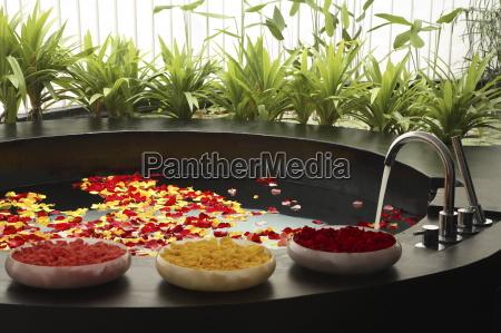bath with rose petals