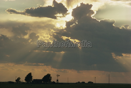 rays of sun light landscape from