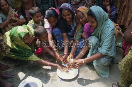 a group of bangladeshi women and