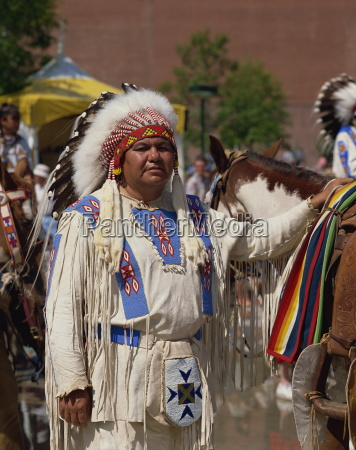 north american indian man in traditional