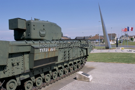 churchill tank and monument 41 degrees