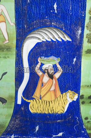 beautiful mughal frescos on walls of