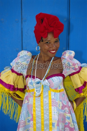 cuban woman in la habana vieja