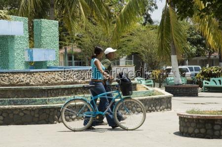 plaza central liberia costa rica central
