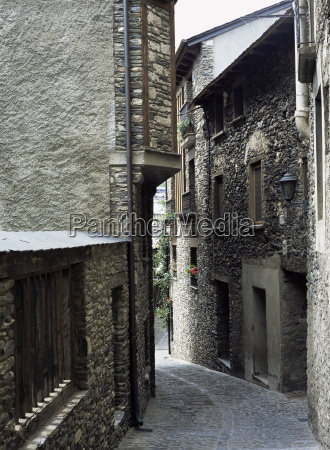 narrow street in the old part