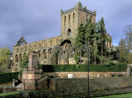 jedburgh augustinian abbey founded 1136 by