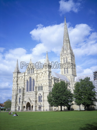 salisbury cathedral from the southwest salisbury