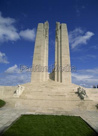 forste verdenskrig vimy canadian memorial naer