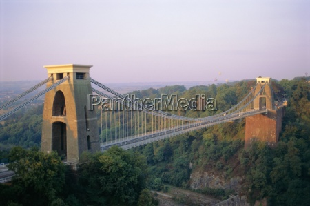clifton suspension bridge built by brunel