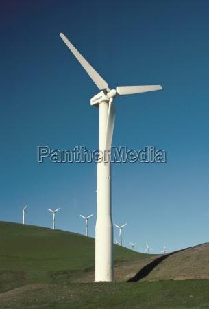 wind turbine generators altamonti pass califorrnia
