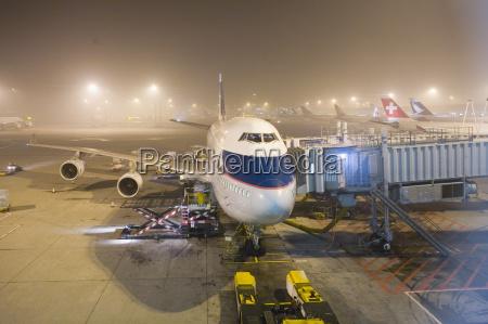 boeing 747 400 jumbo jet airliner