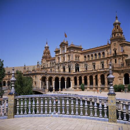 plaza de espana built for the
