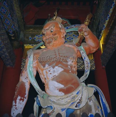 toshogu shrine a guard of the