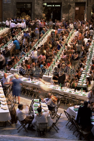 large banquet in the contrada quarter