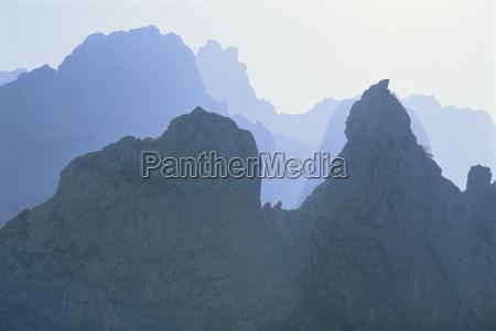 ridges of jagged limestone peaks over