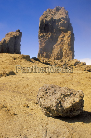roque nublo mountain peak near ayacata
