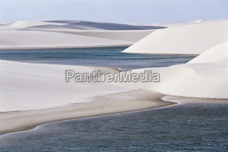 sand dunes near lagoa bonita parque