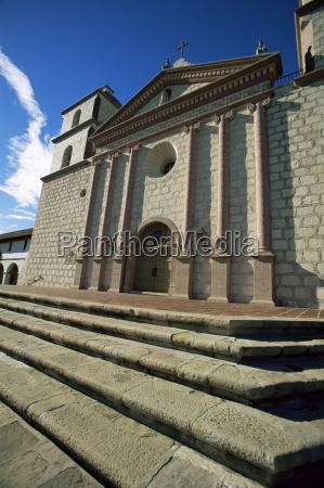 the old santa barbara mission santa