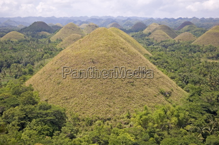 the chocolate hills mounds of earth
