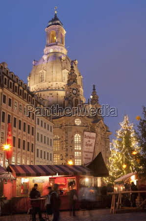 christmas market stalls in front of