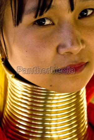 long neck woman karen padaung chiang