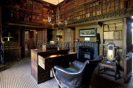 the study and desk where sir
