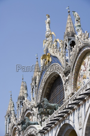 st mark and angels on the