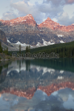 early morning reflections in moraine lake